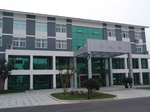 地  址: 常熟市尚湖风景区 邮              编: 215500 负责